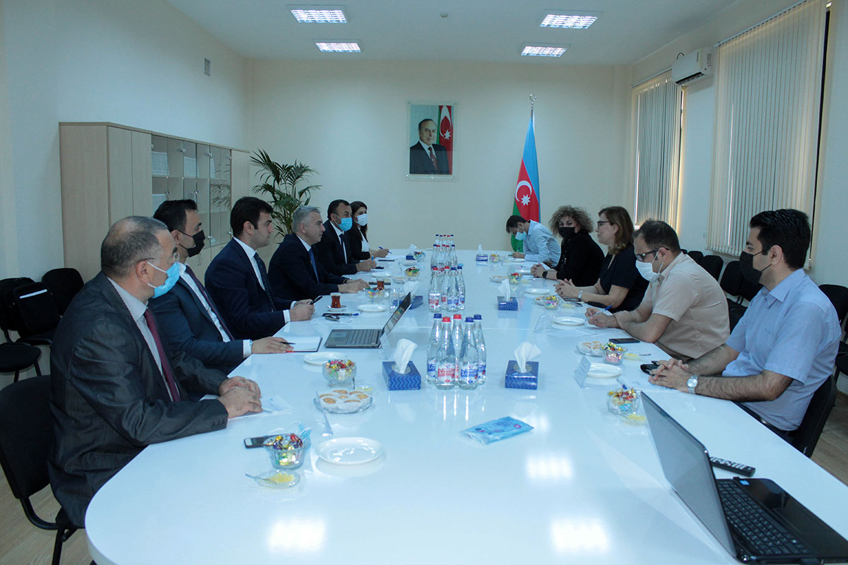 Meeting between the management of Khazar University andSumgayit Chemical Industrial Park LLC