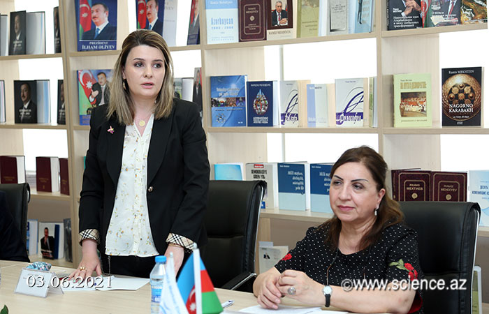 Deputy Director of Khazar University Library Information Center at a round table held at the ANAS Central Library of Science