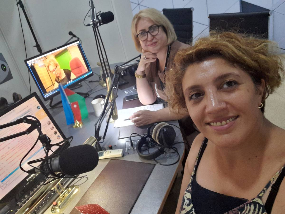 "Khazar University Facylty Member on ""Durna Teli""- Joint Project of Azerbaijan Radio and TRT1 - ""Voice of Turkey"" Radio"